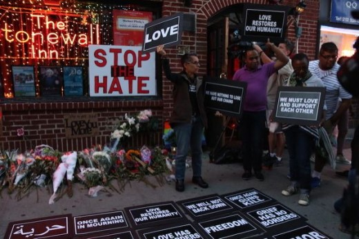Different community's come in support of the orlando mass shooting