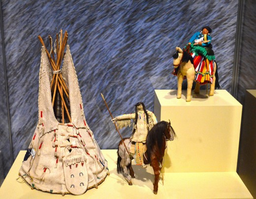 Comanche doll and horse and Navajo doll and horse from the 1880s - Smithsonian Institution.