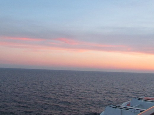 An amazing sunset we took after returning to our stateroom.