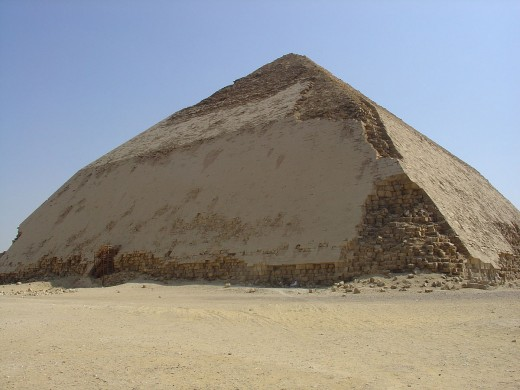 Snefru's Bent Pyramid By Ivrienen GNU 1.2
