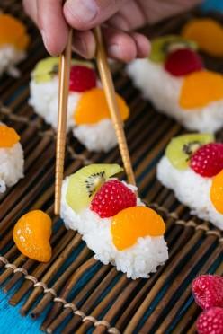 Fruit Sushi (Frushi): When Sushi Turns Into Dessert