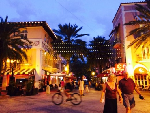 The Espanola Way-one of the famous streets in Miami