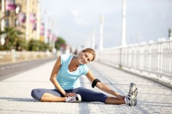 Beginner's Running - An Illustrated Guide To Stretches For Warm Ups And Cool Downs.