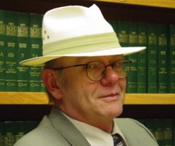 Discover John Dunning, the mystery book writer / bookscout