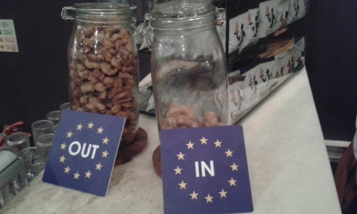 A public house in Portsmouth has its own polling method. Choose pork scratchings from the jar of the campaign that you support.