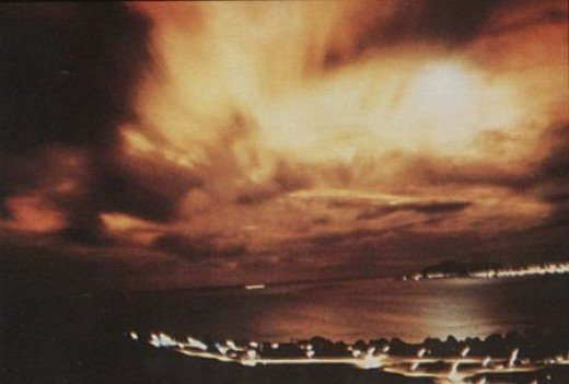 1962, visible results from EMP test, 900 miles away from Hawaii