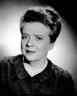 Frances Bavier  as Aunt Bea