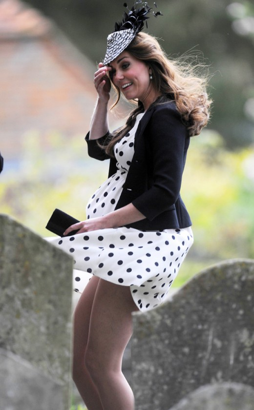 Duchess Kate does love those polka dots