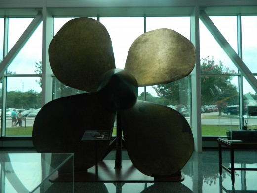 Bronze propeller of a Navy ship