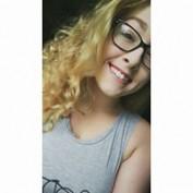 Monyca Dianne profile image