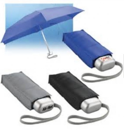 Umbrellas with bags to carry them comfortably in pockets!
