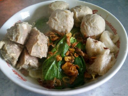 delicious yet not fulfilling meatballs (bakso)