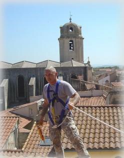 Top 5 Effective Tips & Tricks to Handle Emergency Roofing Repairs