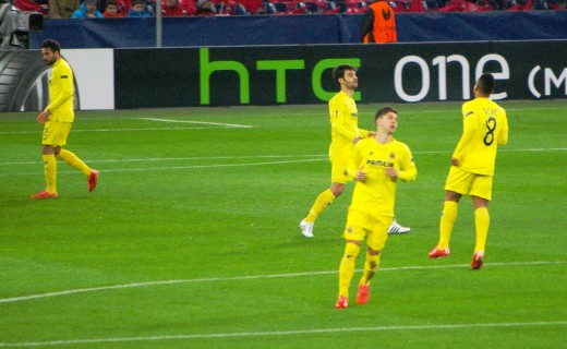 Luciano Vietto (in front) playing for Villarreal in 2015 UEFA Euro League: One of the young rising strikers