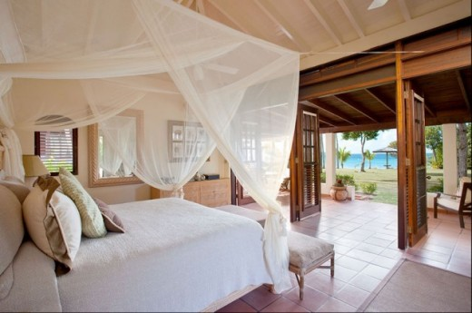Photo Credit: http://st.hzcdn.com/simgs/e82184230be34cea_4-3739/tropical-bedroom.jpg