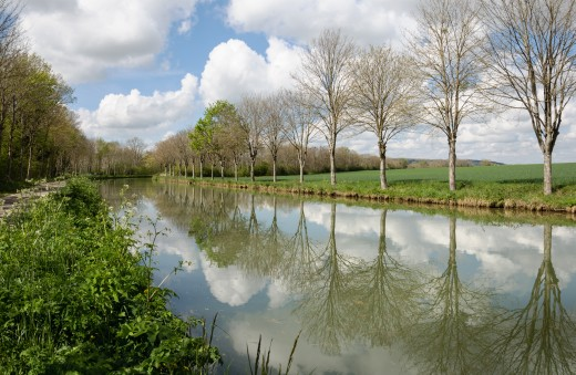 The Burgundy Canal (Canal de Bourgogne) between the lock n. 77 and the lock n. 78 of Fulvy (Burgundy, France).