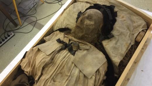 Remains of Bishop Peder Winstrup Present New Mystery