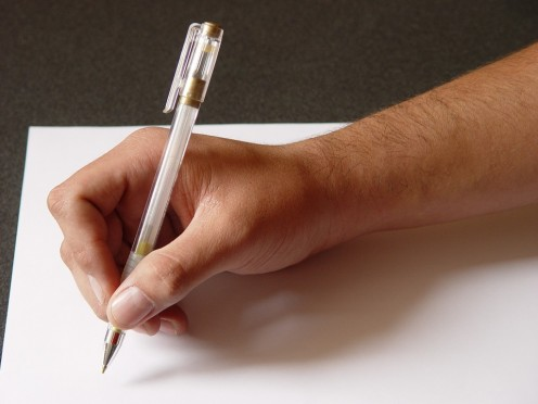 Taking notes gives you something visual to refer to as you interpret the original message into the target language.
