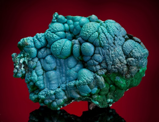 Chrysocolla can help to calm your heart chakra due to nervousness and fear.