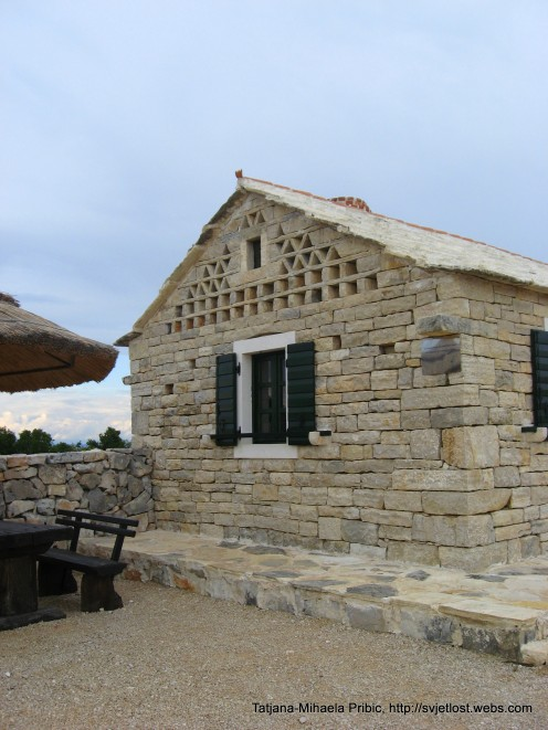 Traditional house build from stones (bunje) Vrana Lake, Kamenjak, Vransko jezero