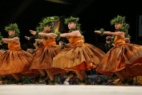 2016 Merrie Monarch Festival. 2nd Place Wahine Kahiko,  Hālau Manaola, Kumu Hula Nani Lim Yap.