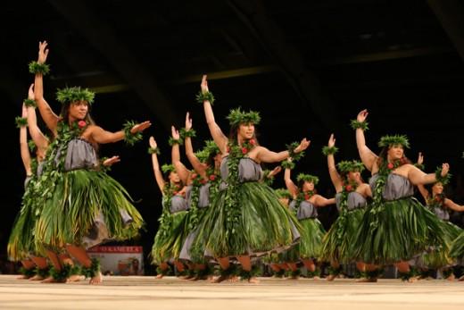 2014 Merrie Monarch, 4th place Wahine Kahiko, Hālau Mōhala 'Ilima, Kumu Hula Māpuana de Silva.
