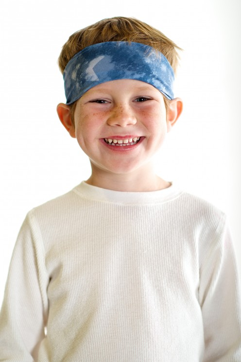 Headbands can be worn by both girls and boys and are offered for teens as well as children.
