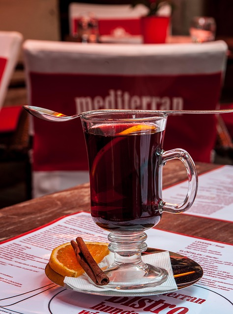 A good mulled wine should always be served in the appropriate glassware.
