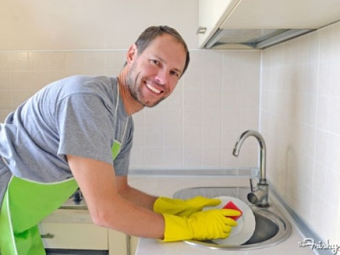 Washing dishes by  men is sexy to  some women