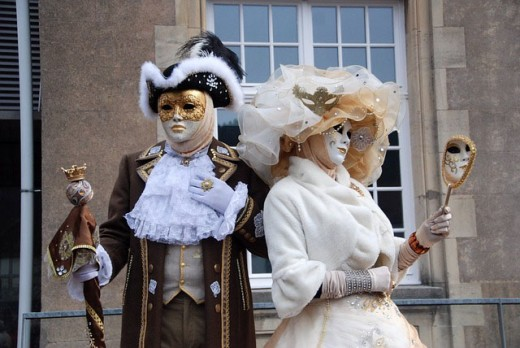 Lord and Lady wearing Renaissance costumes.