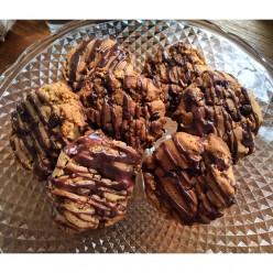 Vegan Peanut Butter & Dark Chocolate Cookies