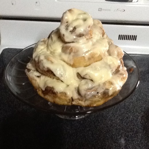 Layered Cinnamon Roll Cake