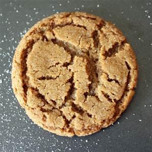 Crispy Christmas Gingersnap Cookies
