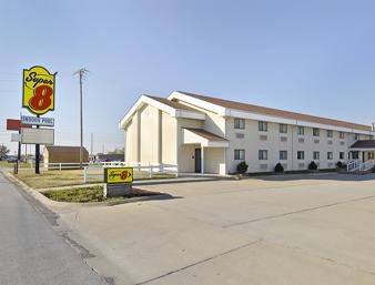 Super 8 2301 E. Austin Nevada, MO 64772 417-667-8883