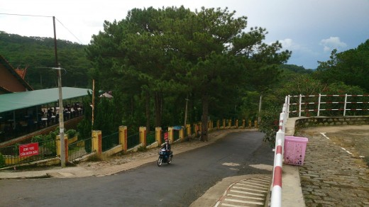 The uphill road to the temple