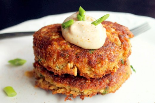 Salmon Cakes With A Coconut Cornmeal Crust and a Sweet Chilli Thai Aioli
