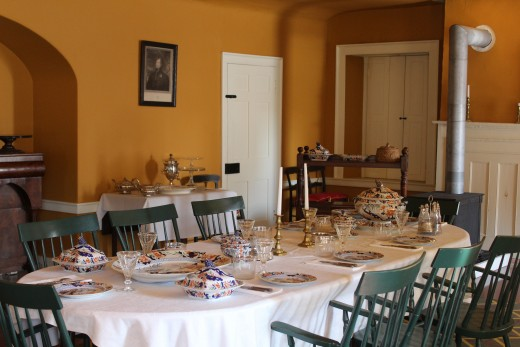 A formal dining room at Fort York