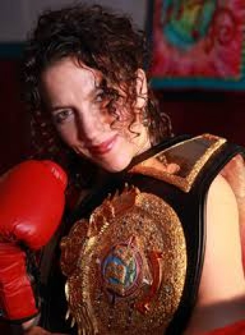 Sumya Anani fought professional in women's boxing as a lightweight,  junior welterweight and as a welterweight. Wow, now this is a female prizefighter who belongs in the Hall of Fame for sure.