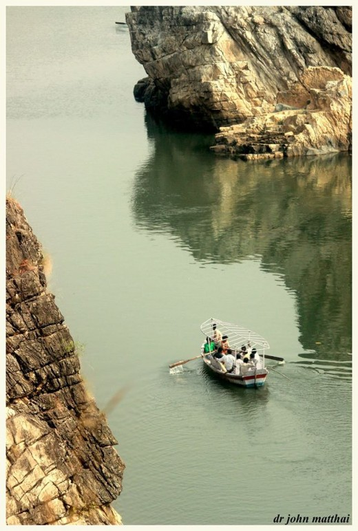 Boating in the Narmada Gorge