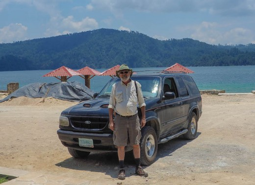 Photo of me and my '98 Ford Explorer in Parque Nacional Lagunas de Montebello, Mexico