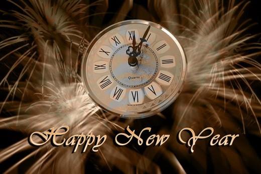 El día de Año Nuevo comienza con una cuenta regresiva de segundos hasta la medianoche para traer el Año Nuevo con un beso celebrado.