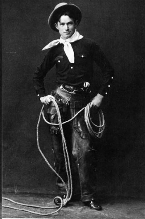 This photo of Rogers was  taken before 1900 of Rogers  and his famous lariat