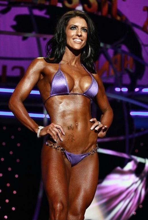 Amanda Latona-ifbb bikini pro