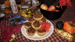 Winter Holiday Baking: Maple Pecan Cup Pies