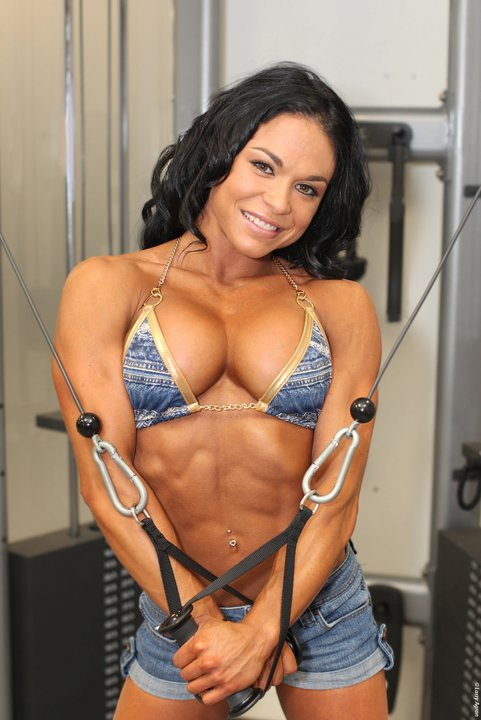 Myriam Capes-fitness model