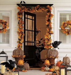 Quick and Easy Halloween Porch Displays