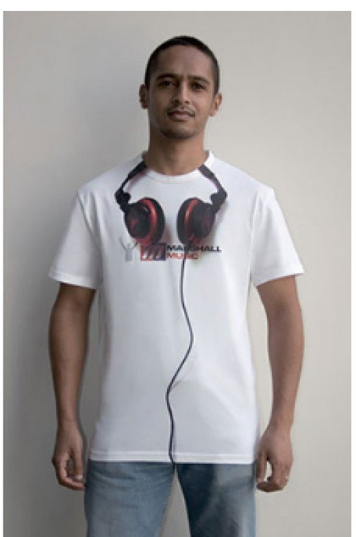 Carry your headphones anywhere with this headphone illusion.