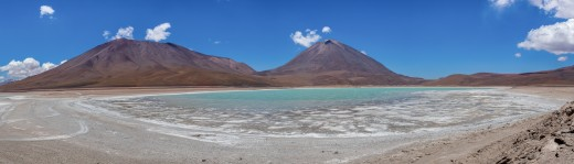 "View of the Laguna Verde (Spanish for ""Green Lake""), a 1.7 square kilometres (0.66 sq mi) salt lake and endorheic basin in the southwestern Altiplano, Bolivia."