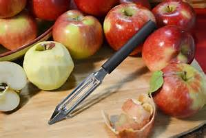 Peeling apples