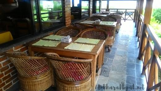 Lakefront Hotel restaurant
